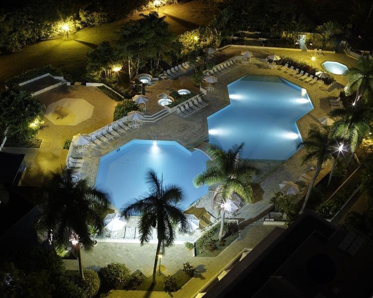 PISCINA Hotel ESTELAR Altamira