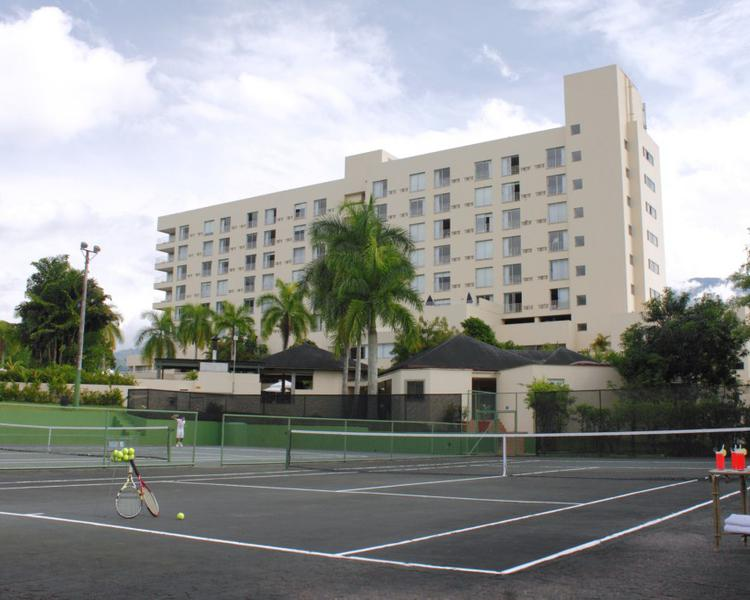 CANCHAS TENIS Hotel ESTELAR Altamira