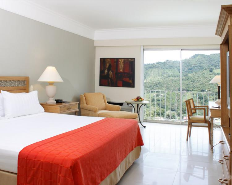 HABITACIÓN SUPERIOR Hotel ESTELAR Altamira