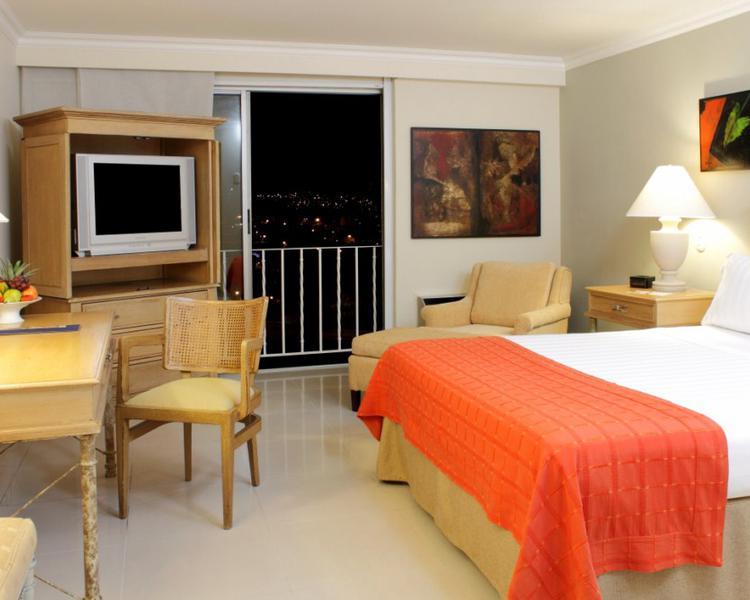 HABITACIÓN ESTÁNDAR Hotel ESTELAR Altamira